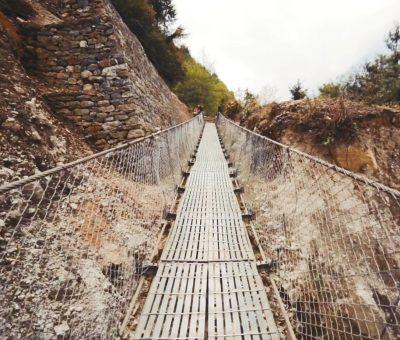 नेपाल भारत जोड्ने पुलमा ५ महिनादेखिकाे ताला खुलेन