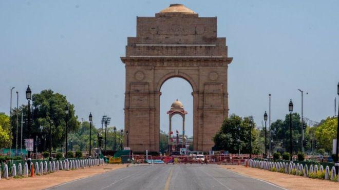 दिल्लीमा कर्फ्यू घोषणा, लकडाउनको विकल्प नरहेको चेतावनी