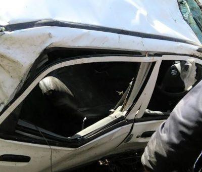 कार अनियन्त्रित भई पल्टिँदा ३ जनाको मृत्यु