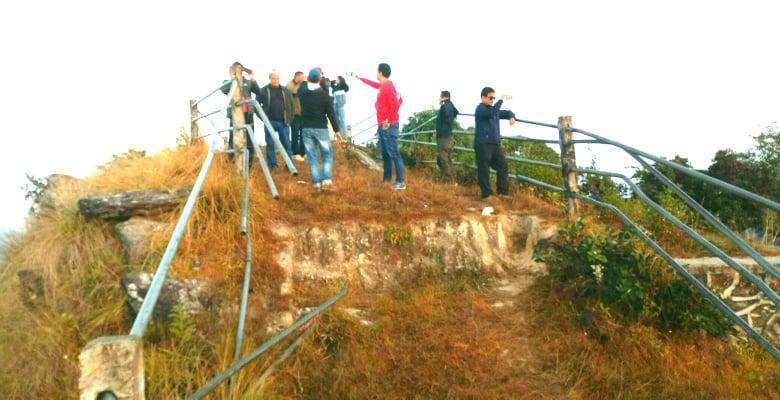 पुर्वाधार नबनेपछि ओझेलमा पर्दै चितवनको सर्वोच्च शिखर एवम् पर्यटकीय स्थल सिराइचुली