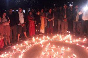 नेकपा एमाले र माओवादी केन्द्र ब्युतिएपछि चितवनको भरतपुर, कालिका लगायत देशैभर दिपावली