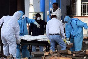 भयावह बन्दै कोरोना: नेपालमा एकै दिनमा ८८ जना संक्रमितको मृत्यु