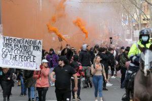अस्ट्रेलियामा लकडाउनको विरोधमा ठूला सहरहरूमा प्रदर्शन, प्रधानमन्त्री मोरिसनद्वारा निन्दा