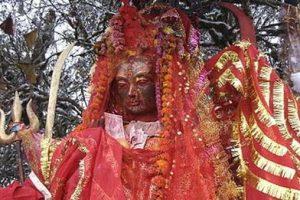 १९ हजारभन्दा बढी भक्तजनले गरे पाथीभरा मन्दिरमा पूजापाठ